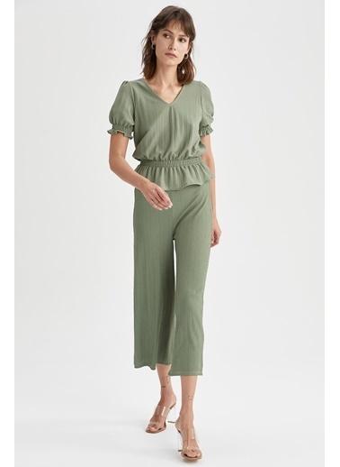 DeFacto Basic Kapri Pantolon Yeşil